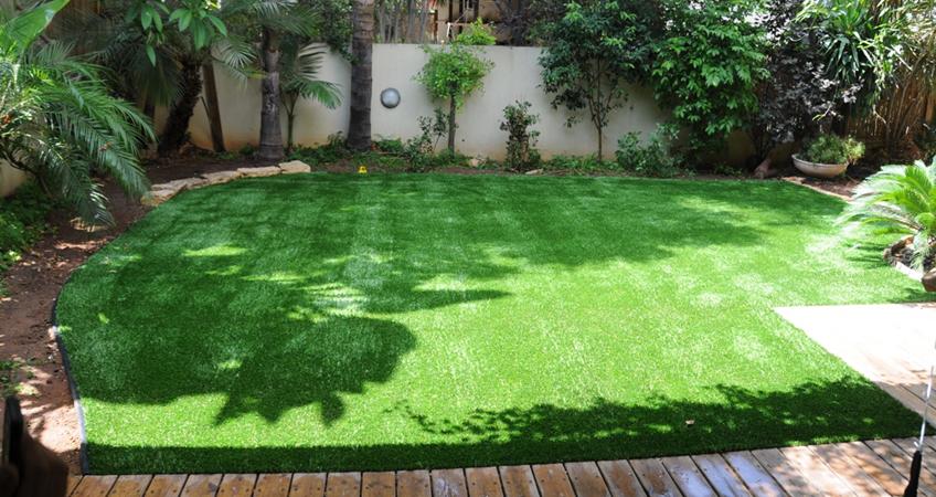 מתקיני דשא סינטי-גינות פאר